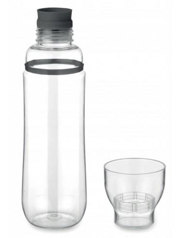 Бутылка с стаканом